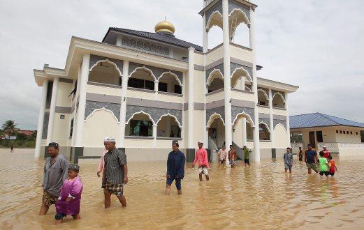Doa menghadapi musibah banjir