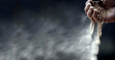 Mengapa amalan menjadi debu berterbangan?